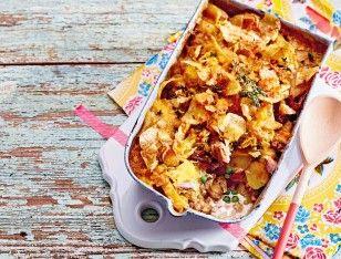 Das Rezept für Kartoffel-Thunfisch-Auflauf mit Chipskruste und weitere kostenlose Rezepte auf LECKER.de