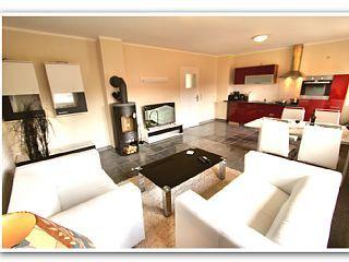 Komfort-Ferien-Haus+SUNSHINE:+Unverbaub.+Aussicht,+Sauna,+Kamin,+Boot+&+Garten++++Ferienhaus in Müritz von @homeaway! #vacation #rental #travel #homeaway