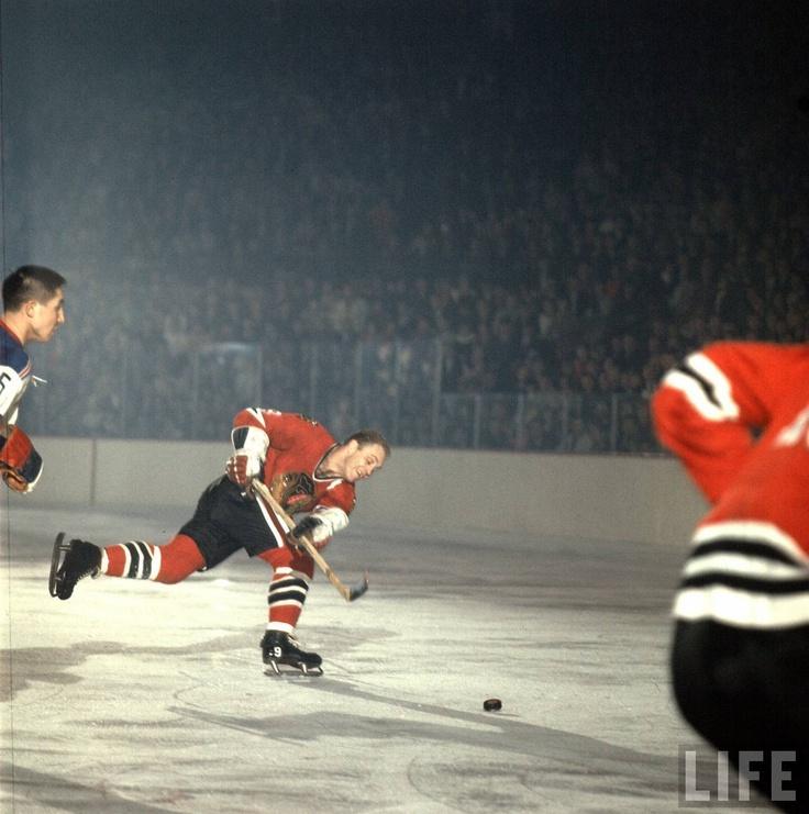 Bobby Hull, Blackhawks.