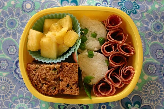 how to keep apples from browning in lunch box