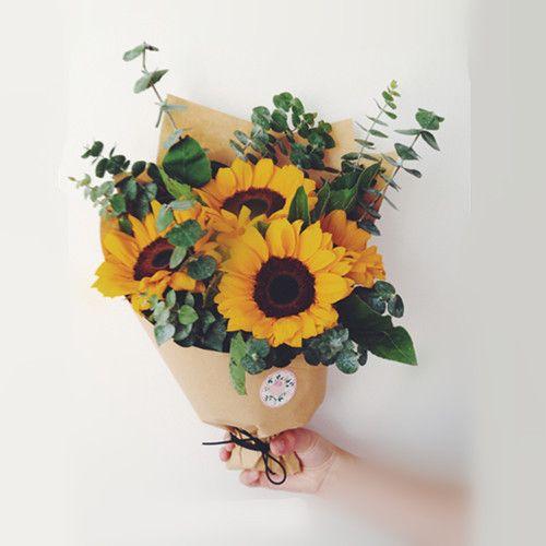 长沙鲜花速递株洲湘潭生日父亲情人节向日葵礼盒自然风毕业小花束