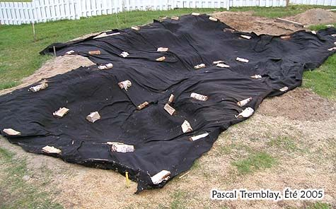 pond underlay - How to install Pond liner underlay - EPDM Pond liner - How to build a small Pond - Plastic Pond