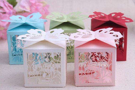 Taglio laser 30 pizzo nozze Bomboniere scatole, scegliere colore, trattare scatole, scatole regalo festa, Jewlry imballaggio, Wedding Candy scatole per abiti da sposa doccia
