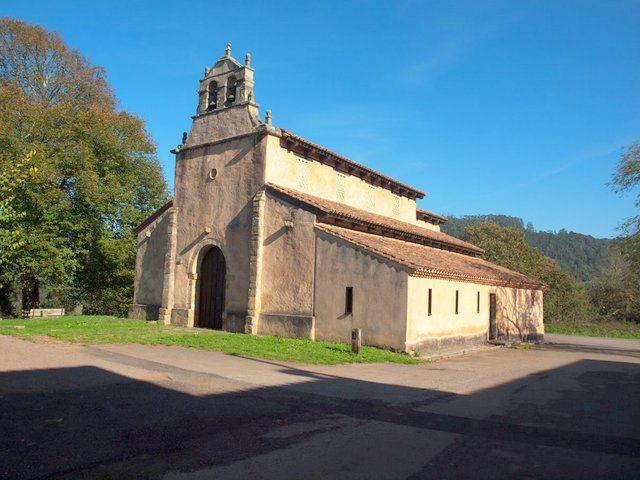 La iglesia altomedieval de San Salvador de Priesca parece recién construida, tal es su  estado de conservación desde la restaura...