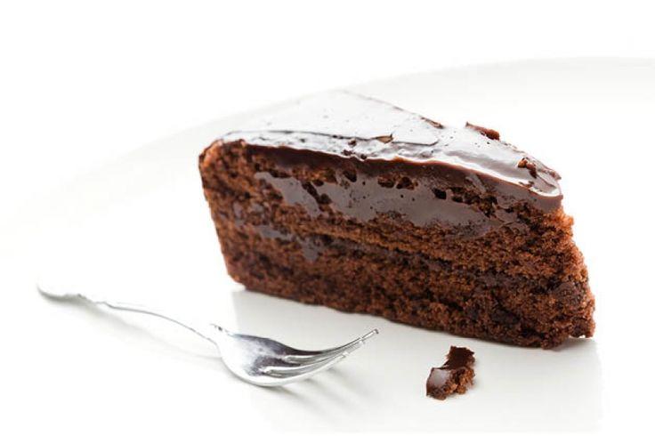 Wij snappen als geen ander dat het soms best een uitdaging is die choco-cravings in bedwang te houden. Daarom hier een nieuw recept die je prima in j...