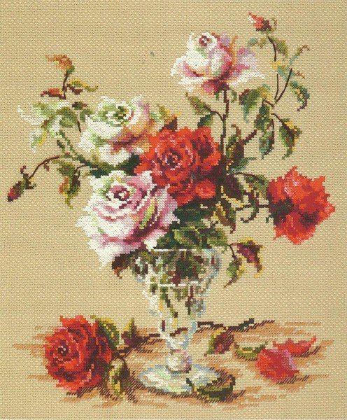 Вышивка крестом розы в стеклянной вазе. Вышивка крестом букеты цветов схемы | Я Хозяйка