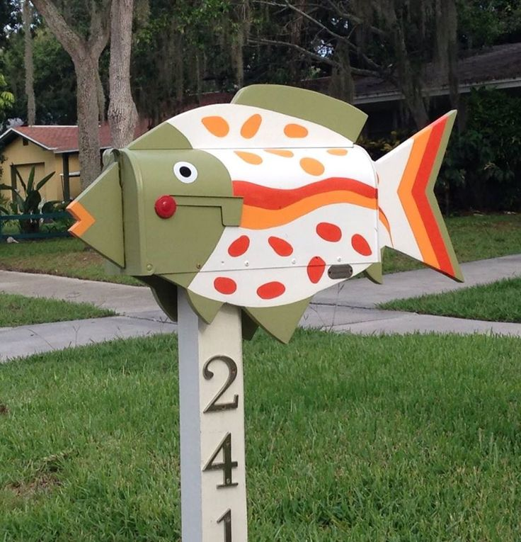 170 best images about mail boxes on pinterest for Creative mailbox ideas