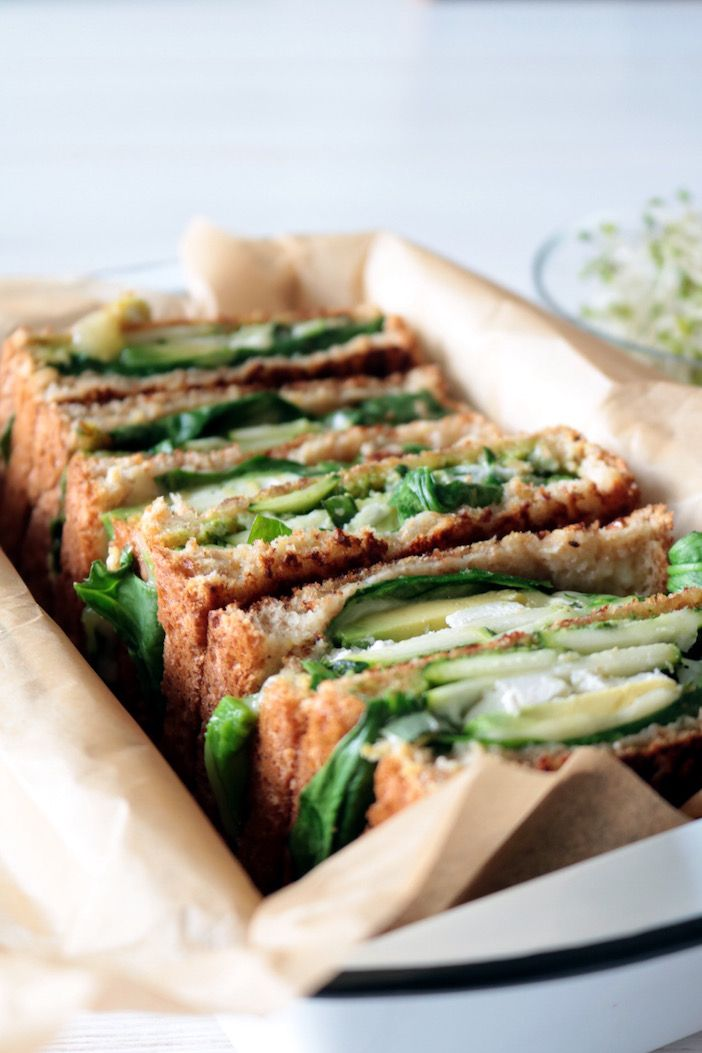 I think I might eat this sandwich for lunch every day this week! SOOO delicious …