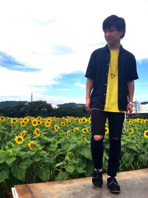 ▷▶︎オープンカラーシャツコーデ◀︎◁ ▼黒オープンカラーシャツ ▽イエロープルオーバー ▼黒スキニ