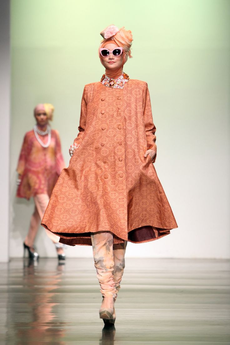 Dian Pelangi 39 Ramadhan Rose 39 Jakarta Islamic Fashion Week 2013 Hijab Fashion Pinterest