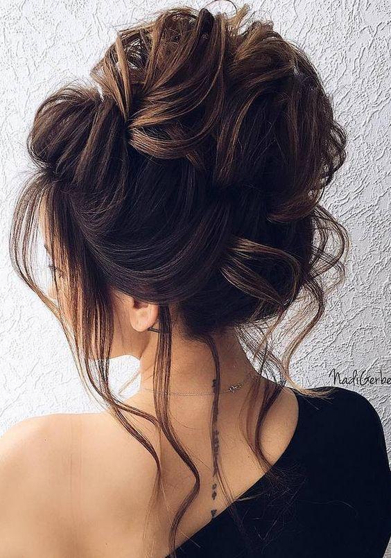 Chic Updo Wedding Hairstyles for Elegant Brides; Half-updo, Braids; Chongos Updo Wedding Hairstyles; wedding updos for long hair; #weddinghair #updo