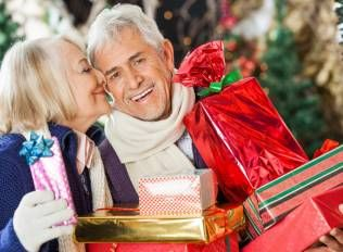 """Elderly Couple Told Cops 60 Pounds Of Pot Was """"For Christmas Presents"""""""