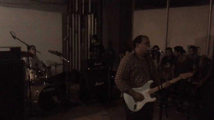 Julliet - Orinar / Soledad