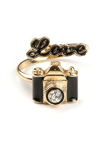 I Heart Photography Ring | Cute Rings at Pink Ice... @Makenzie Hawley Carpenter Hawley Carpenter Beck this would be so perfect for you :)