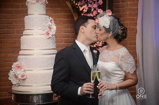 Tulle - Acessórios para noivas e festa. Arranjos, Casquetes, Tiara | ♥ Marcela Lorenzon