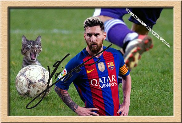 LIONEL MESSI and the crazy Kitten – HOT STARSOUVENIRS
