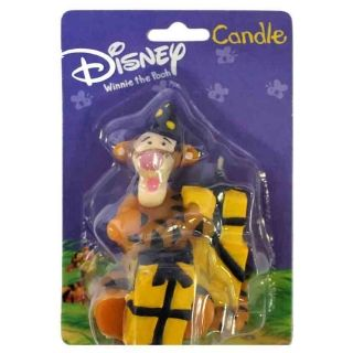TIGGER WITH CAKE CANDLE