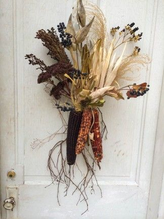 foraging and creating door decorations, fall or thanksgiving decor