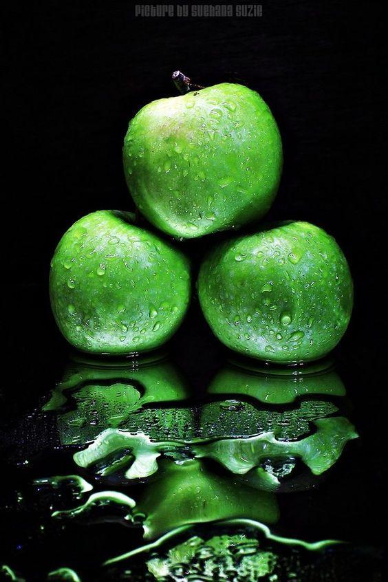 издавна редактор фото для айфон с зеленым яблоком момента премьеры