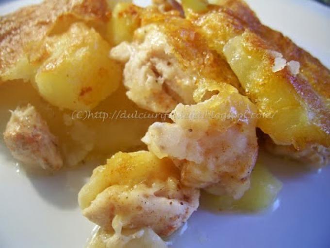 Cartofii se curata si se taie felii potrivit de groase. - Rețetă Altele : Cartofi gratinati cu piept de pui de Miha278