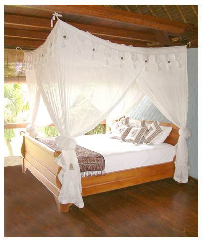 78 images about sloped ceiling and canopy decorating for Easy canopy bed ideas