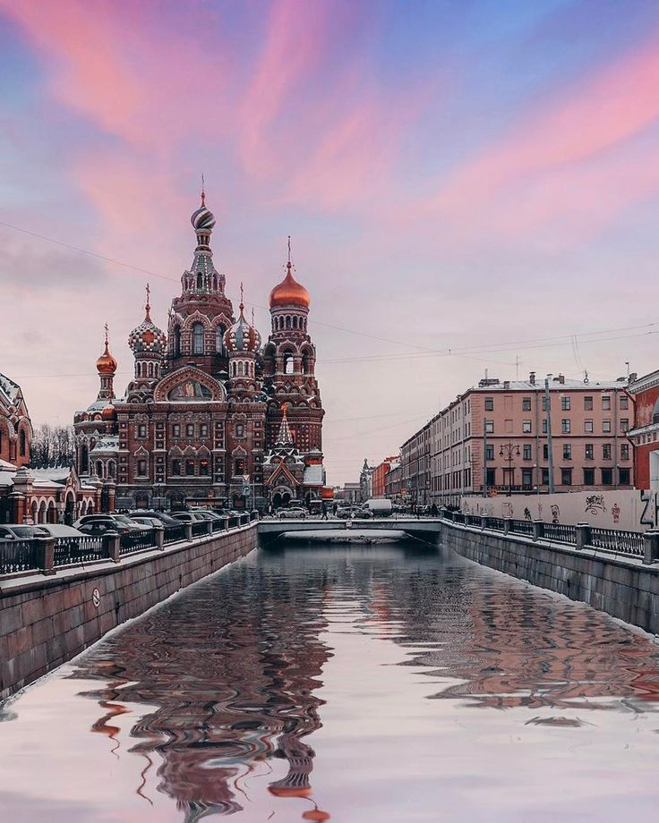 Храм Спаса на Крови и канал Грибоедова.    Автор фото: Андрей Михайлов (Andrei_mikhailov).