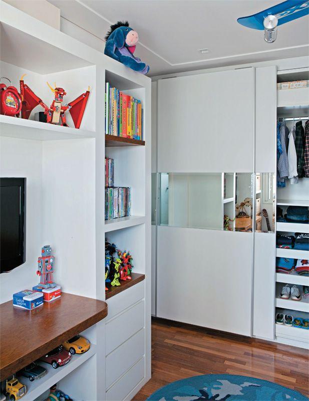 Um quarto com cabana para menino de 7 anos - Casa