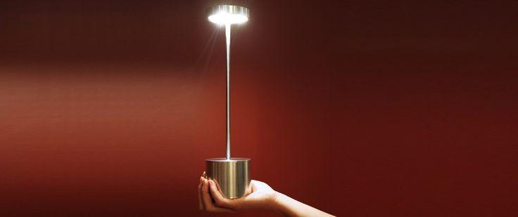 Luxciole lampe sans fil rechargeable id e hotel for Decor hotel fil