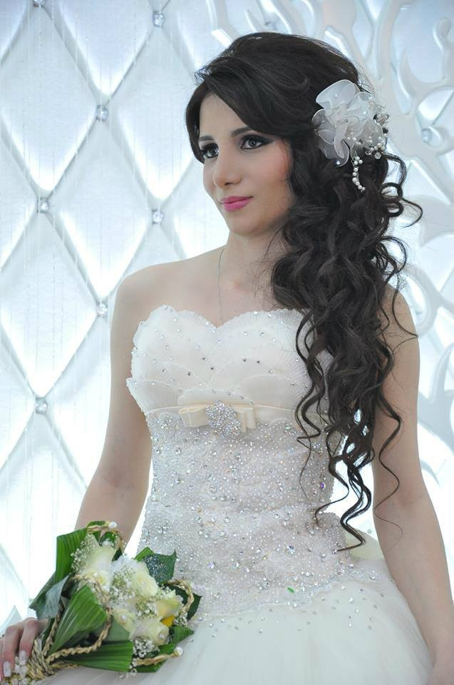 Quinceanera Hairstyles On The Side : 31 best prom images on pinterest