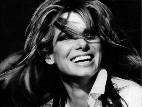 Сандра Баллок названа самой красивой женщиной года!