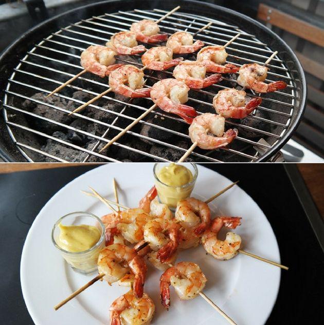 Delikate grillede kæmperejer, der får masser af smag fra den lækre marinade med hvidløg og olivenolie.