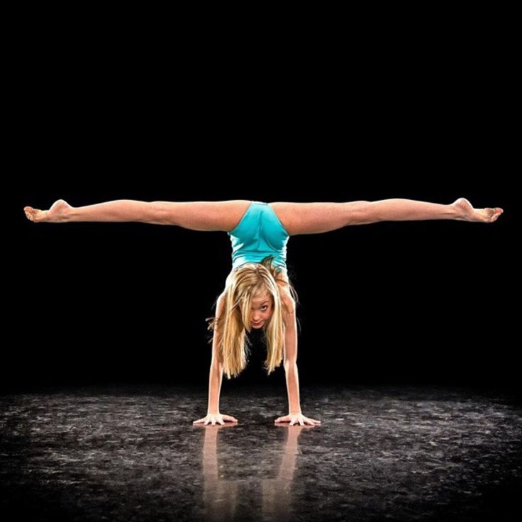 guys brynn is like my fav dancer (her and kenz) she has amazing flexibility and her technique is goals! I inspire to be her and think she is so fabulous!