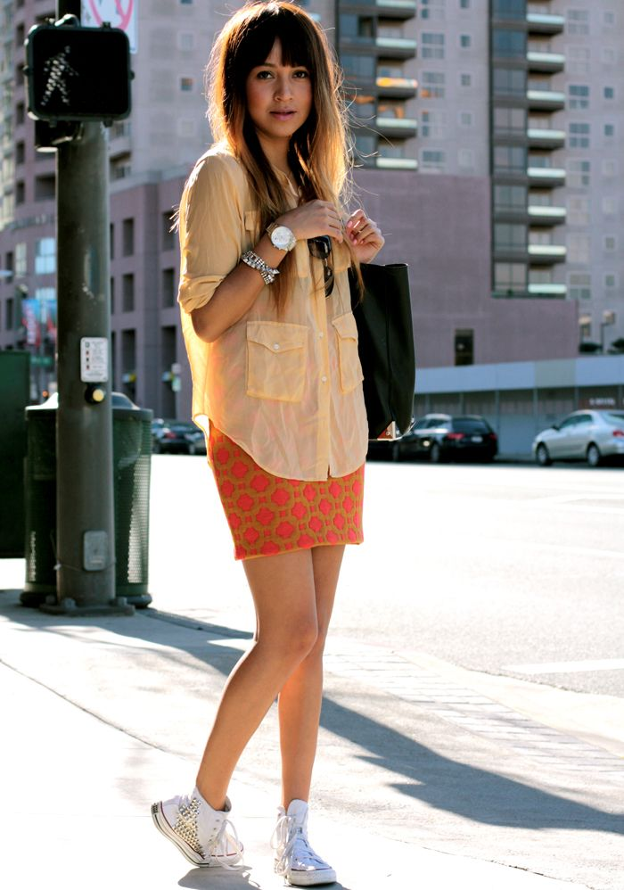 im loving tennies with skirts right now...soo cute and comfy since im a mommy who loves fashion