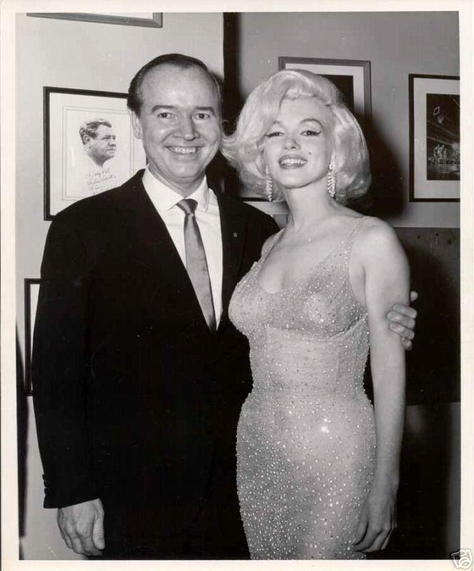 2/ Fête d'anniversaire de JFK Marilyn Monroe à la fête privée d'anniversaire du Président John Fitzgerald Kennedy le 19 mai 1962, qui...