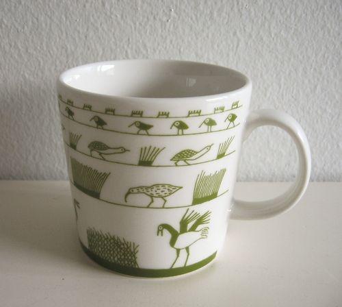 Iittala Finland green Birds mug by Oiva Toikka 2010