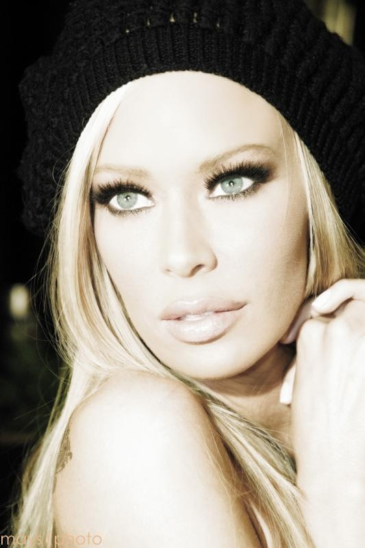 Jenna Jameson   Actress/Model in the Howard Stern Film  MU/Hair by Alexis