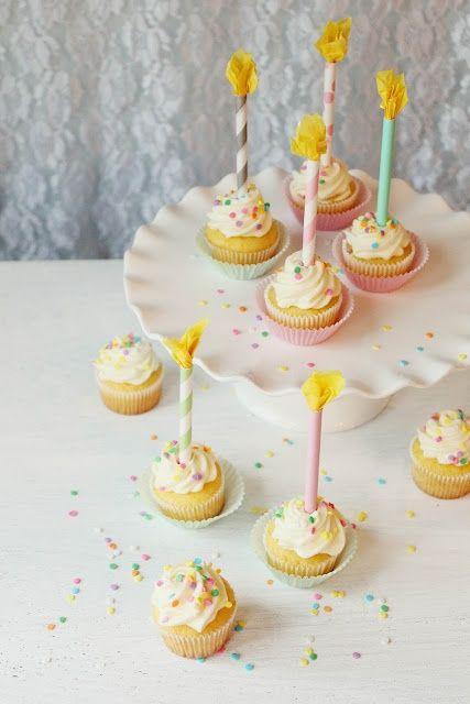 Paper Straws as candles: Ice Design, Birthday Candles, Cupcakes Toppers, Cakes Decor, Paper Straws, Parties Ideas, Candles Cupcakes, Straws Birthday, Diy Paper