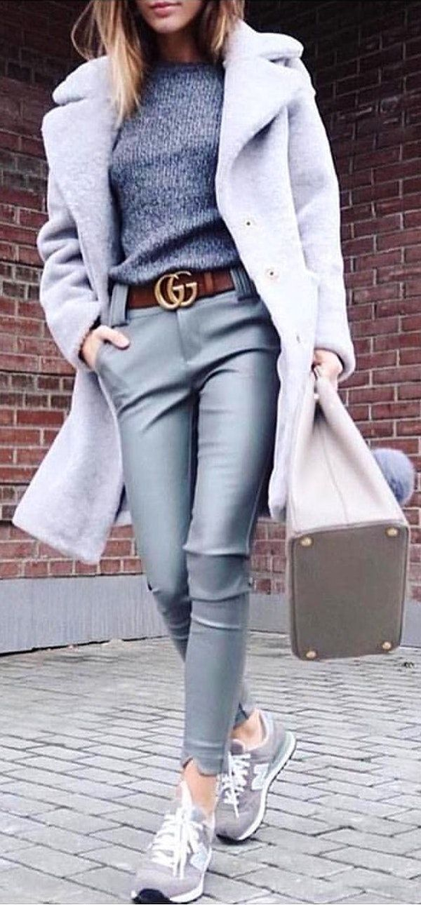 #winter #outfits  grey button-up coat. Pic by @fashionista_east.