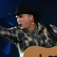 Garth Brooks interview with Angela Rose - Country 105 by Country 105…