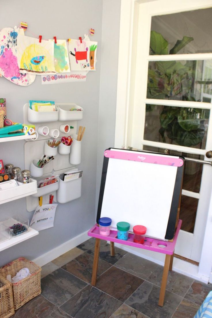 TOP 10 TIPS FOR CREATING AN ART SPACE FOR KIDS