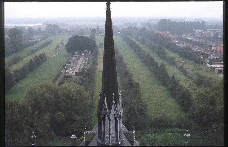 Geen 'De Hoef' achter Clemenskerk