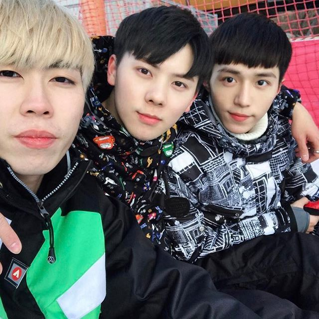 Brother's day ⛷ I love you guys 🏂  韓國相見歡,兄弟滑雪日 ☃️❄️ #韓國#滑雪  #korea#seoul#love#brothers#guys#boys#ski#skiing#date#bff#snow#winter  #스키#형제#오빠#형#한국#서울