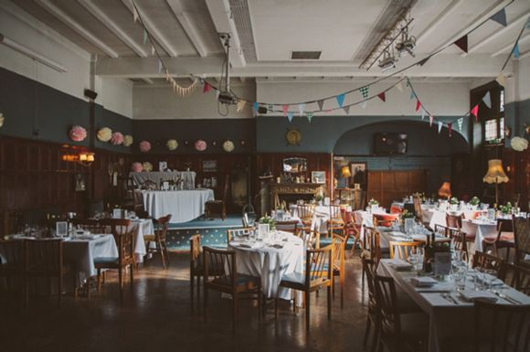 60s Inspired London Pub wedding and Wandsworth registry office