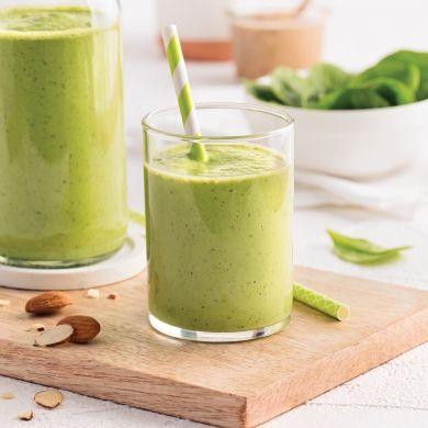 Smoothie aux pois verts, épinards et beurre d'amande - Recettes - Cuisine et nutrition - Pratico Pratique