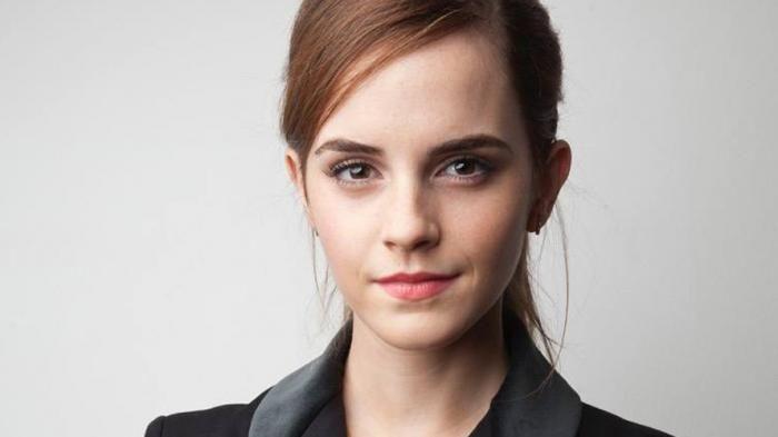 Emma Watson Rela Menyelinap di London Underground, Tujuannya Bikin Kamu Makin Ngefans