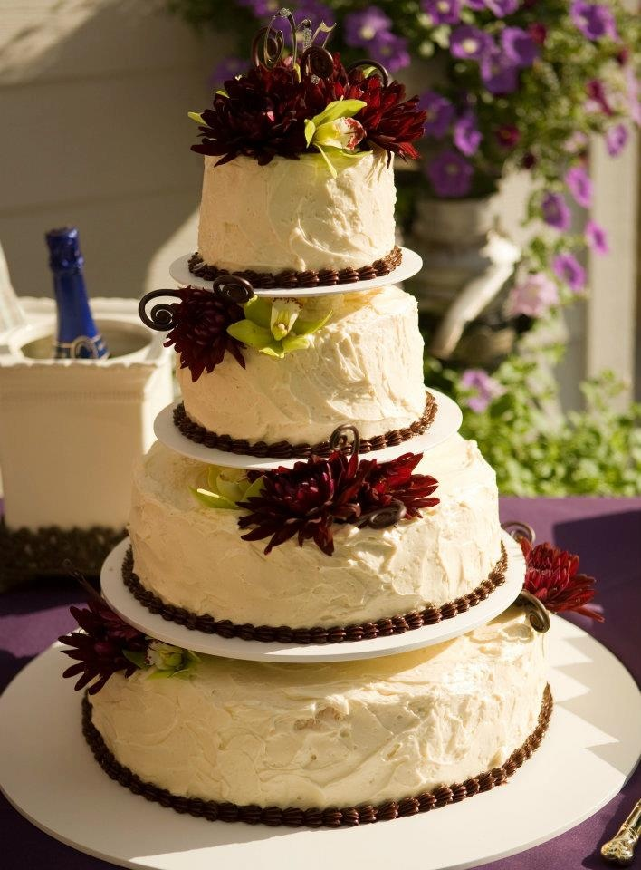 rustic country messy frosting textured cake purple dahlia wedding cake wedding flowers by. Black Bedroom Furniture Sets. Home Design Ideas