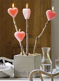 DIY heart candles on a stick- Such a cute idea to put on the table for a romantic V-day dinner.. #sanvalentine #love