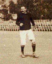 Joan Gamper (previously known as Hans Kamper), born 22 November 1877, Swiss founder of FC Barcelona (29 November 1899). However, he did not take on the presidential role until 9 years later. Club president of FC Barcelona (5 times, 1908-1925), forward and captain of FC Barcelona (1899-1903, 51 games, 120 goals). His level was superior to that of most others at the time and left many people marvelling at his skills. He scored a tally of goal unthinkable in modern times.