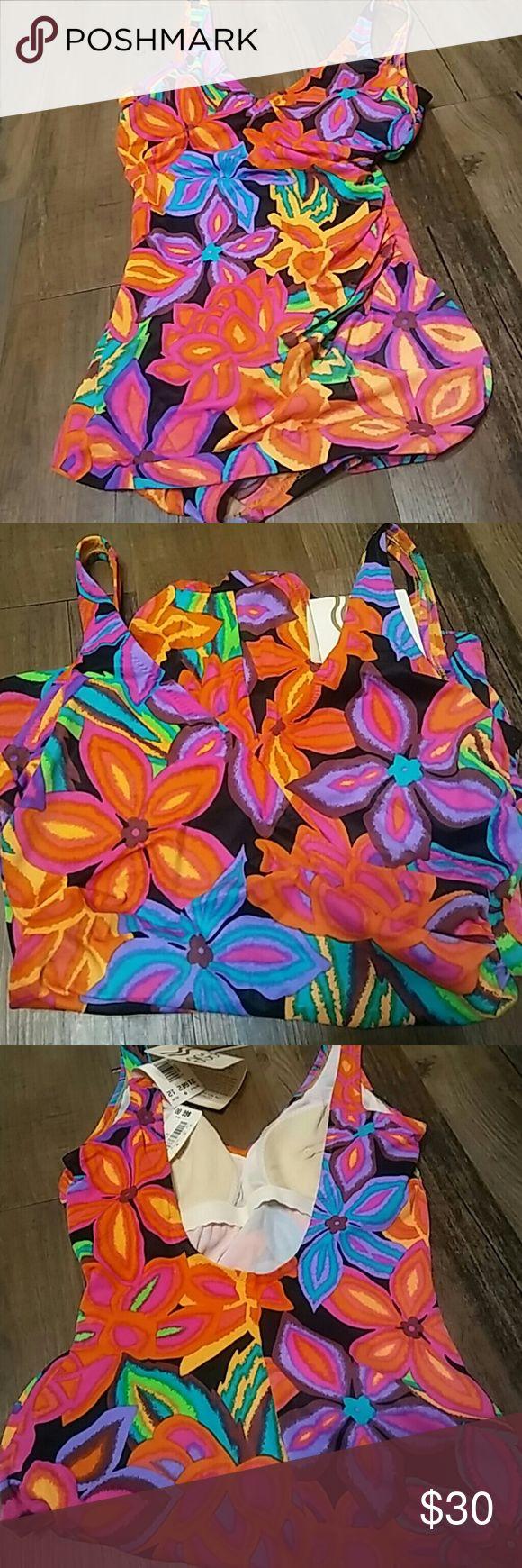 Dillard's Deweese multi color swimsuit Dillard's Deweese multi color swimsuit  Size 12  Style 31662  85% nylon 15% Spandex (34 Bra) Swim One Pieces