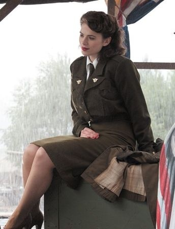Ok, we can all agree that Peggy Carter is the best girl is ALL the Marvel movies! She's amazing...come on!